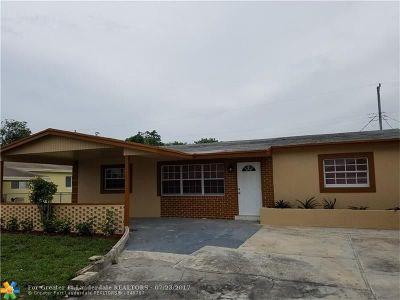Pompano Beach Single Family Home For Sale: 330 NE 30th Ct