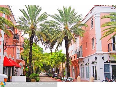 Miami Beach Condo/Townhouse For Sale: 641 Espanola Way #23
