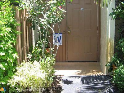 Miami Condo/Townhouse For Sale: 10621 SW 113th Pl #B