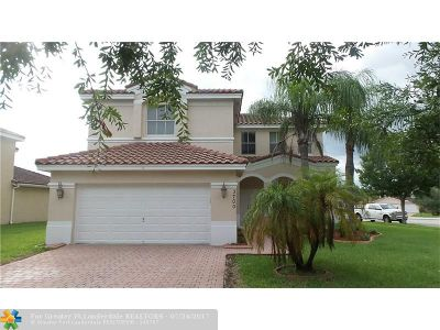 Miramar Single Family Home For Sale: 3700 SW 165th Ave