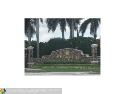 Coral Springs Condo/Townhouse For Sale: 5648 NW 127th Ter #5648