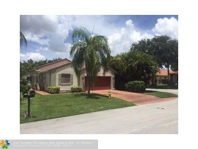 Deerfield Beach Single Family Home For Sale: 761 NW 48th Av