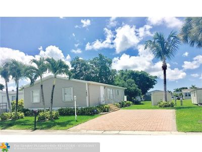 Boca Raton Single Family Home For Sale: 1460 SW 65th Way