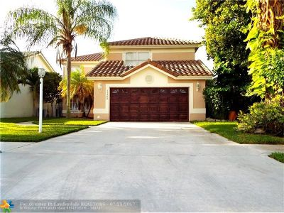 Boca Raton Single Family Home For Sale: 11399 Coral Bay Dr