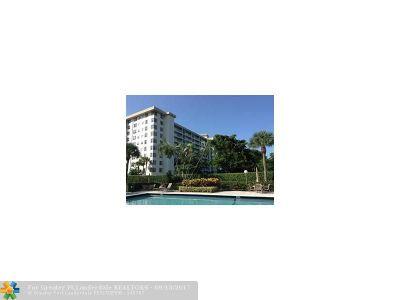 Pompano Beach Condo/Townhouse Backup Contract-Call LA: 3499 Oaks Way #1008