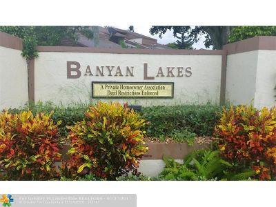 Tamarac Condo/Townhouse Backup Contract-Call LA: 6193 Pine Tree Ln #D