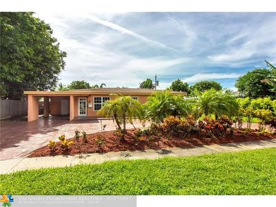 Pompano Beach Single Family Home For Sale: 1084 SW 4th Ave