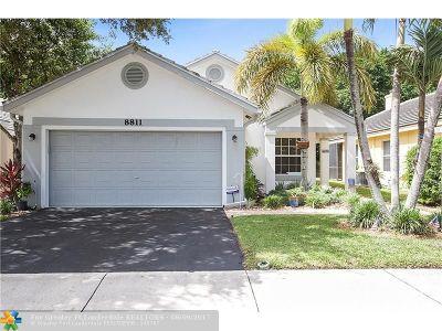 Davie Single Family Home Backup Contract-Call LA: 8811 N Lake Park Cir N