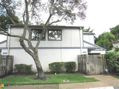 Plantation Condo/Townhouse Backup Contract-Call LA: 13262 NW 5th St #13262