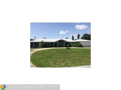 Pompano Beach Single Family Home For Sale: 600 NE 4th St