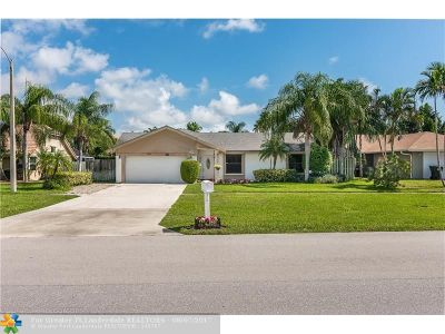 Boca Raton Single Family Home For Sale: 421 S Country Club Blvd
