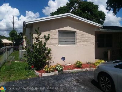 Lauderhill Single Family Home For Sale: 1241 NW 58th Ave