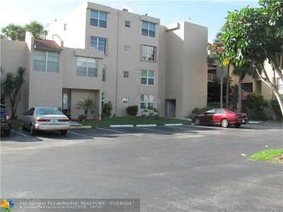 Davie Condo/Townhouse For Sale: 9431 Live Oak Pl #204