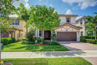 Parkland Single Family Home For Sale: 8610 Lakeside Bend