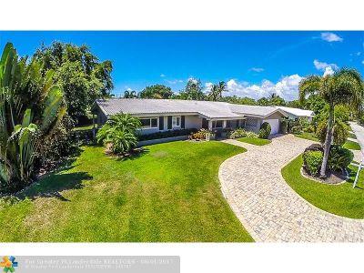 Lighthouse Point Single Family Home For Sale: 2218 NE 31st St