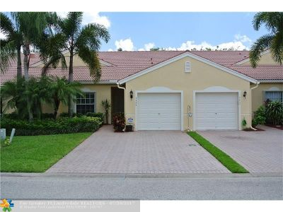 West Palm Beach Condo/Townhouse For Sale: 9444 Swansea Ln #9444