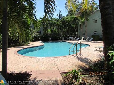 Wilton Manors Condo/Townhouse For Sale: 2607 NE 8th Ave #58