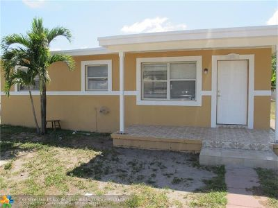 Deerfield Beach Single Family Home For Sale: 291 SW 1st Ter