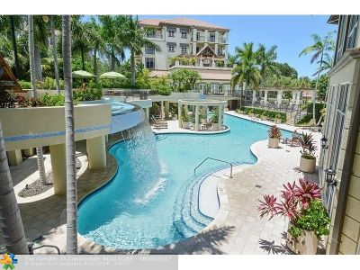 Wilton Manors Condo/Townhouse For Sale: 2631 NE 14th Ave #408