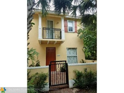 Coconut Creek Condo/Townhouse Backup Contract-Call LA: 4830 Acadian Trl #4830