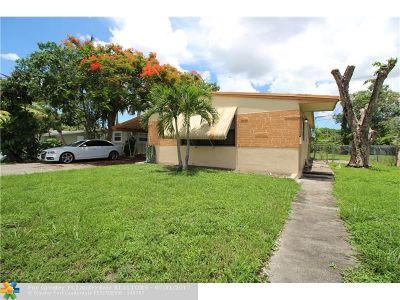 Margate Single Family Home For Sale: 6131 Southgate Blvd