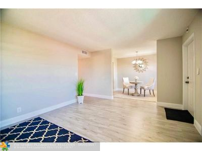 Dania Condo/Townhouse For Sale: 500 NE 2nd St #413