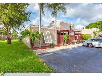 Pembroke Pines Condo/Townhouse Backup Contract-Call LA: 10961 Cypress Rd #10961