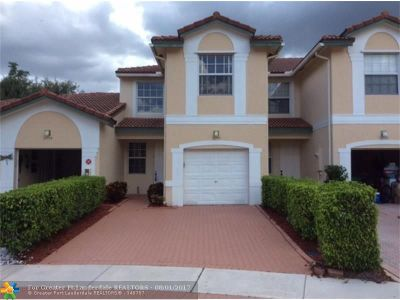 Coral Springs Condo/Townhouse For Sale: 11757 NW 47th Dr #1