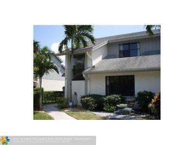 Boca Raton Condo/Townhouse For Sale: 9348 Ketay Cir #1