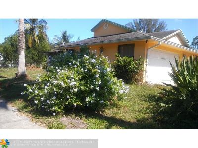 West Palm Beach Single Family Home For Sale: 13218 52nd Ct N