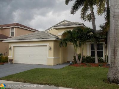 Pembroke Pines Single Family Home For Sale: 1550 SW 194th Ave
