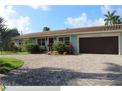 Lighthouse Point Single Family Home For Sale: 2200 NE 34th Ct