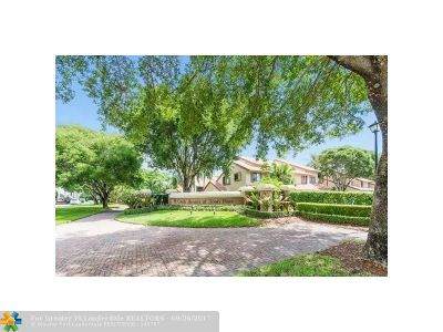 Boca Raton Condo/Townhouse For Sale: 5801 Coach House Cir #D