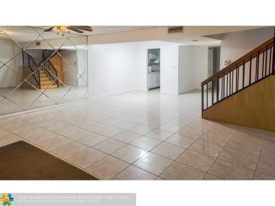 Lauderhill Condo/Townhouse For Sale: 1645 NW 58th Ave #12