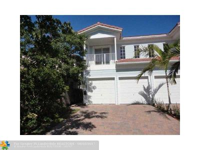 Fort Lauderdale Condo/Townhouse For Sale: 219 SW 10th St #219
