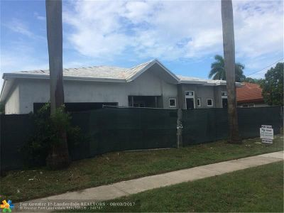 Pompano Beach Single Family Home For Sale: 331 SE 11th St