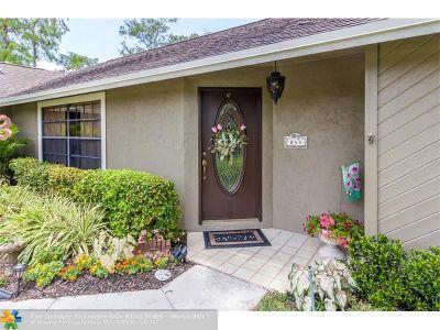 Palm Beach County Single Family Home For Sale: 843 Lemongrass Ln