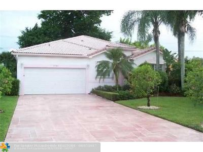 Tamarac Single Family Home For Sale: 8782 NW 75th Ct