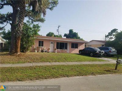 Pompano Beach Single Family Home For Sale: 1584 NE 28th Ct