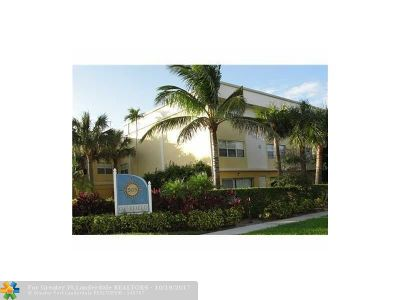 Deerfield Beach Condo/Townhouse For Sale: 505 NE 20th Ave #209