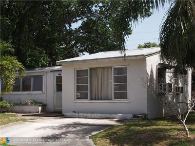 Palm Beach County Single Family Home For Sale: 1900 Redbank Rd