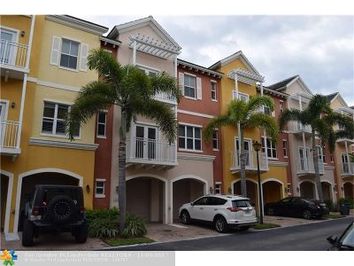 Lighthouse Point Condo/Townhouse For Sale: 2347 Vintage Dr #2347