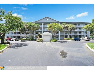 Davie Condo/Townhouse For Sale: 1506 Whitehall Dr #105