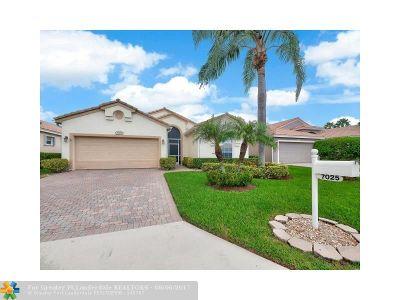 Boynton Beach Single Family Home For Sale: 7025 Ashton St