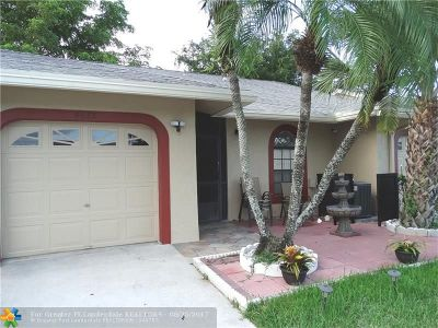 Tamarac Condo/Townhouse For Sale: 9633 NW 76th Ct #9633