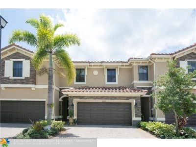 Broward County, Collier County, Lee County, Palm Beach County Rental For Rent: 12140 Village Pl