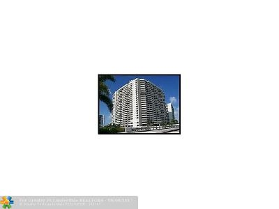 Hallandale Condo/Townhouse For Sale: 2500 Parkview Dr #1503