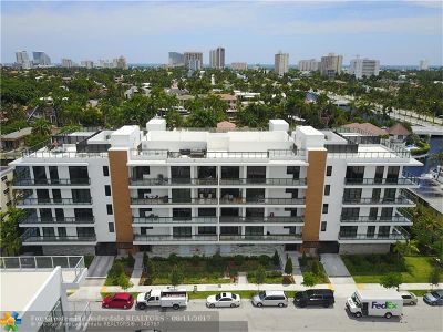 Condo/Townhouse For Sale: 30 Isle Of Venice Dr #B304