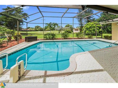 Tamarac Single Family Home For Sale: 5712 Guava Dr