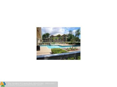 Coral Springs Condo/Townhouse For Sale: 9955 Westview Dr #212